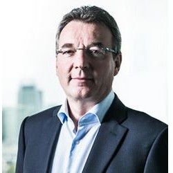 Vendu à Advent International, Safran I&S (biométrie et sécurité) se rapproche d'Oberthur Technologies, dirigé par Didier Lamouche (ci-dessus).